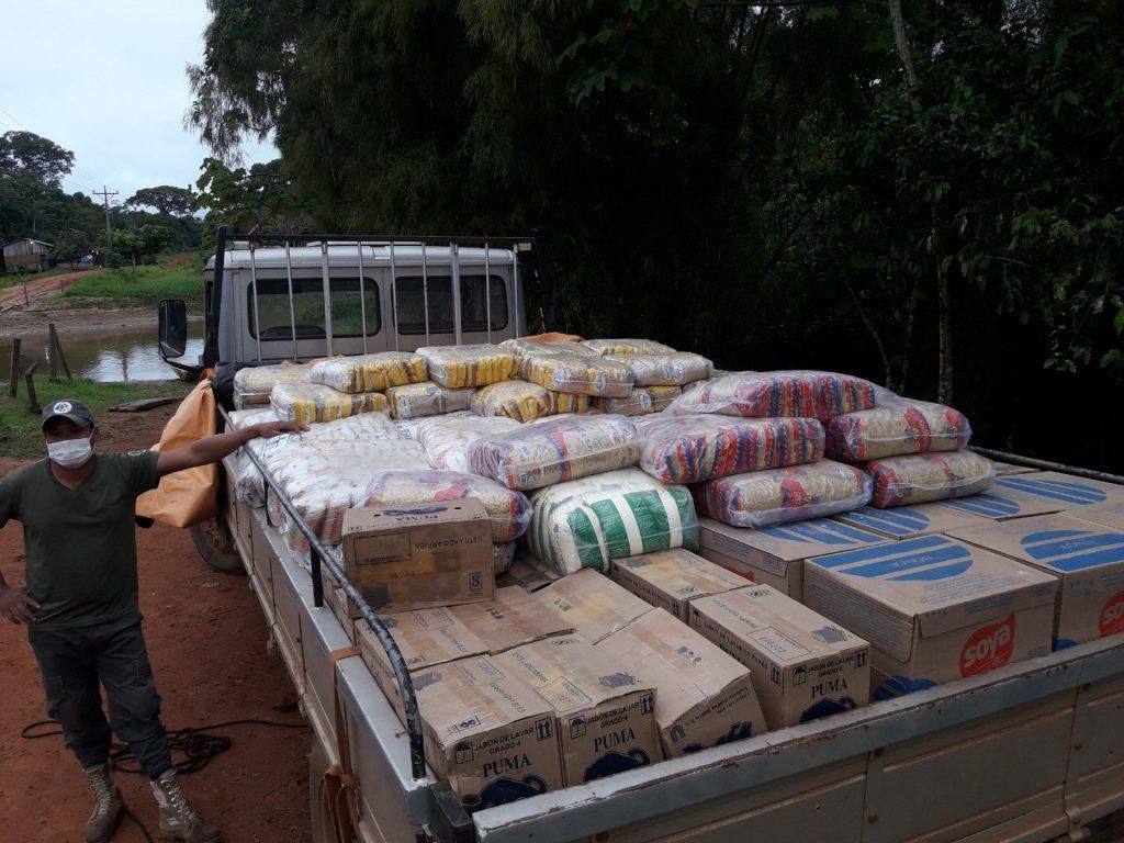 Cuatro toneladas de víveres entregadas a comunidades